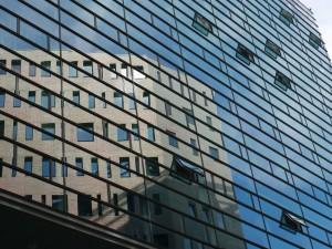 glass-909264_1920